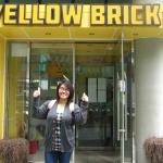 Thumbs up for Yellow Brick!