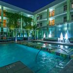 The Clarendon Hotel and Spa - Oasis Pool, Cabanas, Hydro Spa and Water Wall