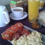 Breakfast was delicious. The fresh juice was superb.