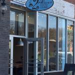 2 Alices Coffee Lounge