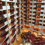 Foto van Embassy Suites Huntsville by Hilton Hotel & Spa