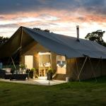 Glamping by night
