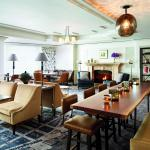 The Club Lounge offers a peaceful, exclusive retreat in the nation's capital
