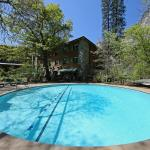 Ahwahnee pool