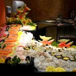 Buffet com frutos do mar para grelhar