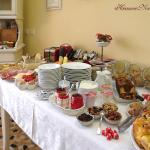 Five Roses B&B Buffet