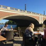 Aperitif by the Thames