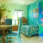 Tropical Room #16