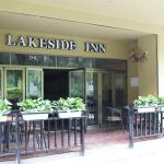 Lakeside Inn