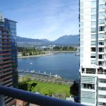 Photo of Pinnacle Hotel Vancouver Harbourfront