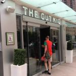The Out NYC Foto