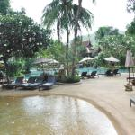 Photo de Thavorn Beach Village & Spa
