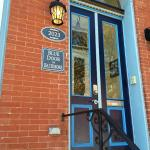 Foto di Blue Door on Baltimore