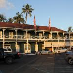 Pioneer Inn Best Western as seen from Lahaina Harbor