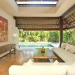 Villa Kubu Premium Three Bedroom Living Room