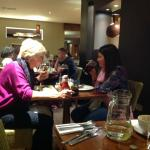 Photo de Premier Inn London Gatwick Airport (North Terminal)