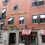 Photo de Hotel Saturnia & International