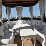 Roof top terrace seating