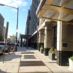 Loews Madison Hotel resmi