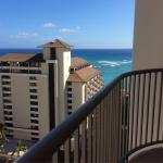 Photo de Embassy Suites Waikiki Beach Walk