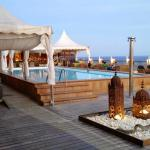 Rooftop chillout bar and pool
