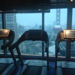 Check out the Pearl while running on a treadmill.