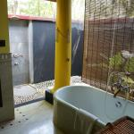 Shower & Bathtub Outside