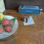 Bose Speaker built-in.  local fruit on the plate...very welcoming