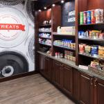 Suite shop for snacks