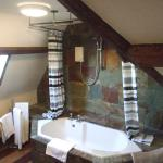 Provence Suite Bathroom