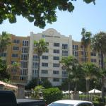Photo de Embassy Suites Deerfield Beach Resort
