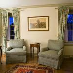 The Glenwood - Sitting room -  Room 23