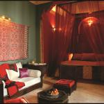 The Riad Khabia's deluxe junior suite.