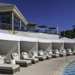 Adult exclusive Palm Terrace Pool Cabanas