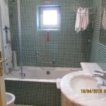 Clean and roomy bath - shower and tub!
