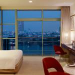 Grand Room River View