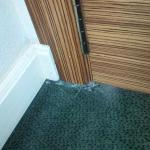 torn carpet = 5-star luxury? Not a terrible hotel, but not 5-star and not luxury.