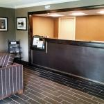 Photo de Days Inn & Suites Plattsburgh