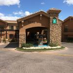 Photo de Embassy Suites by Hilton Tucson Paloma Village