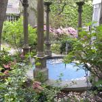 Courtyard at Morris House