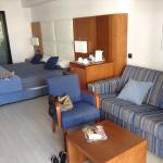 Big spacious modern rooms cleaned daily