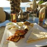 Food served at the pool, little pricy but delicious!
