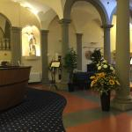 Hotel Centrale - lobby and front desk