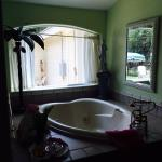 Foto de Serenity Farmhouse Inn
