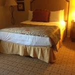 Scotsdale Resort Conference Center - Queen Bed in Casita Room