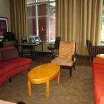 Cambria Suites Raleigh-Durham Airportの写真