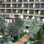 Photo de Sahara Star Hotel