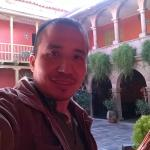 En el patio del hostal