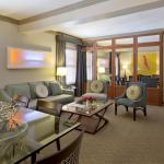 Fine Arts Signature Suite