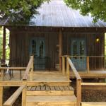 ภาพถ่ายของ Cajun Country Cottages Bed and Breakfast